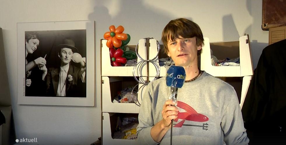 Tobi van Deisner im Interview bei a.tv
